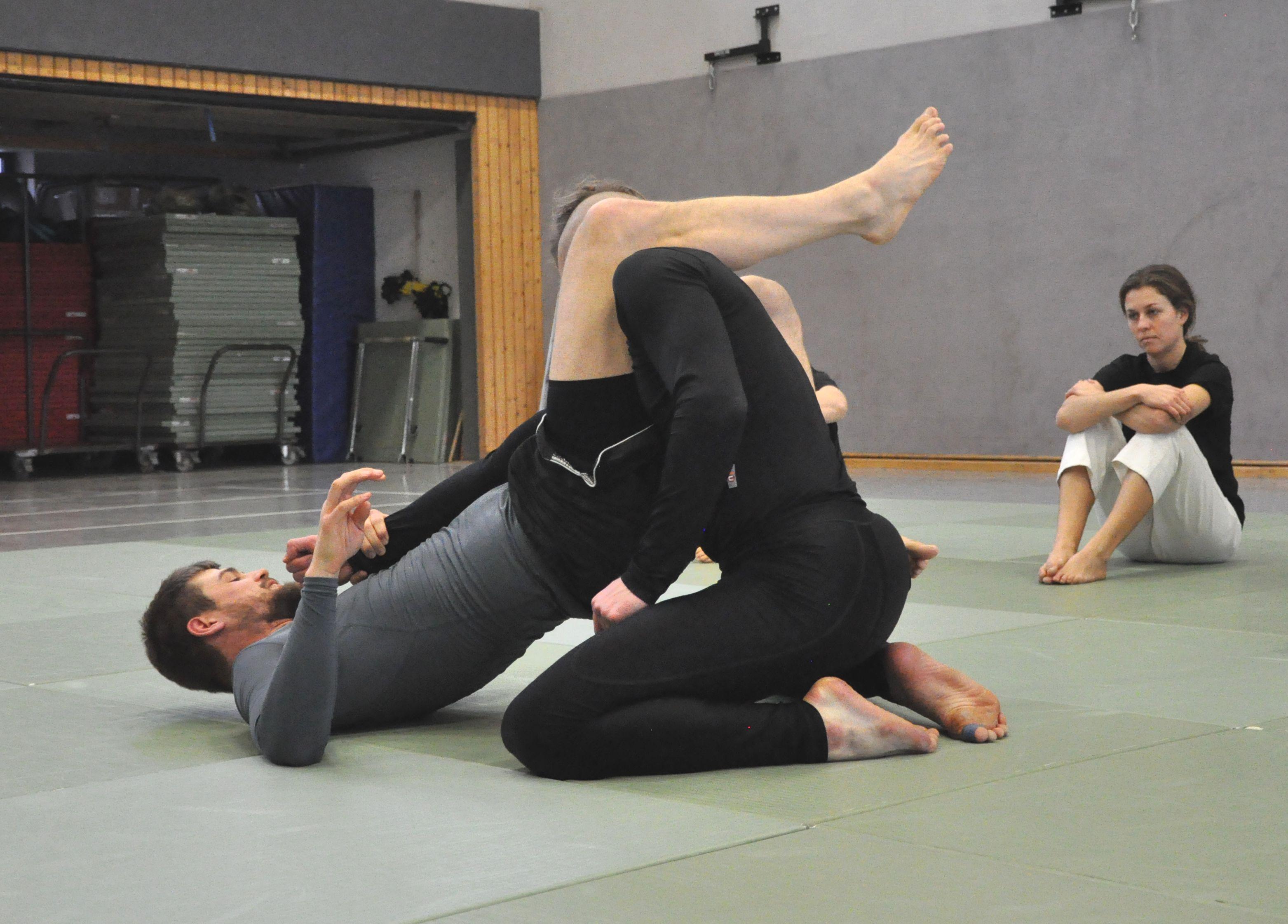 MMA 002